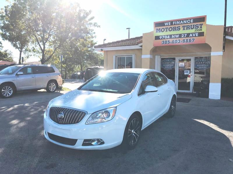 2017 BUICK VERANO SPORT TOURING 4DR SEDAN white 2-stage unlocking doors abs - 4-wheel air filtra