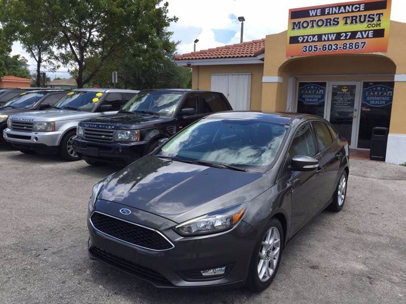2015 FORD FOCUS SE 4DR SEDAN gray 2015 ford focus sel leather clean carfax well kept looks and