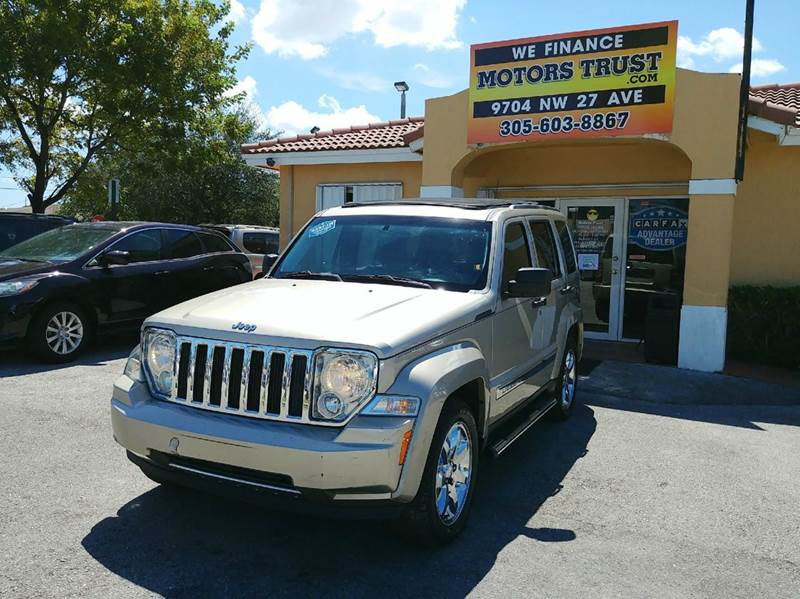 2011 JEEP LIBERTY LIMITED 70TH ANNIVERSARY 4X2 4DR gray 2-stage unlocking doors abs - 4-wheel a