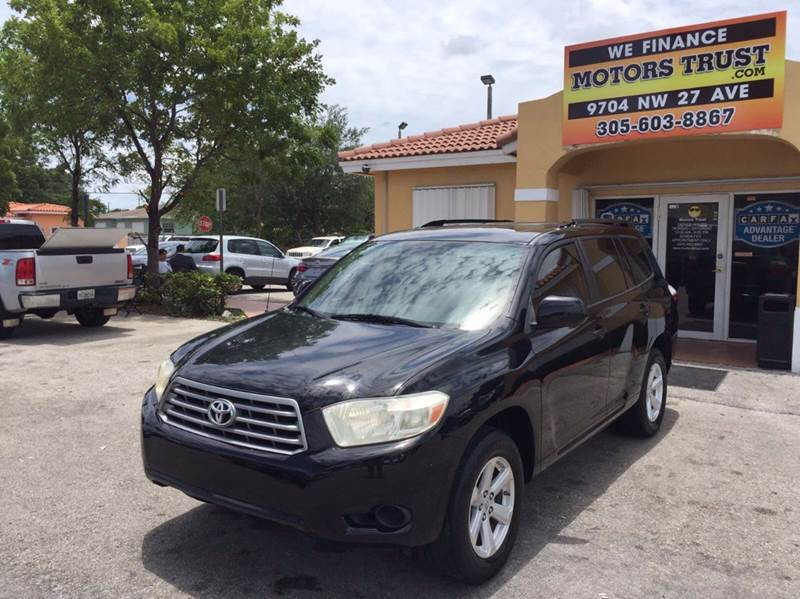 2009 TOYOTA HIGHLANDER BASE 4DR SUV black 2-stage unlocking doors abs - 4-wheel active head res
