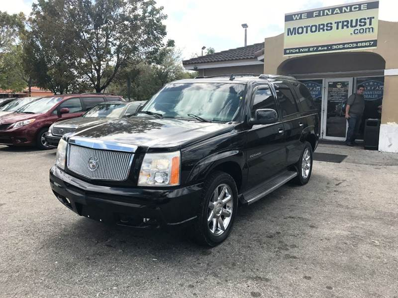 2006 CADILLAC ESCALADE BASE AWD 4DR SUV black 2006 cadillac escalade awd navigation sunroof 3r