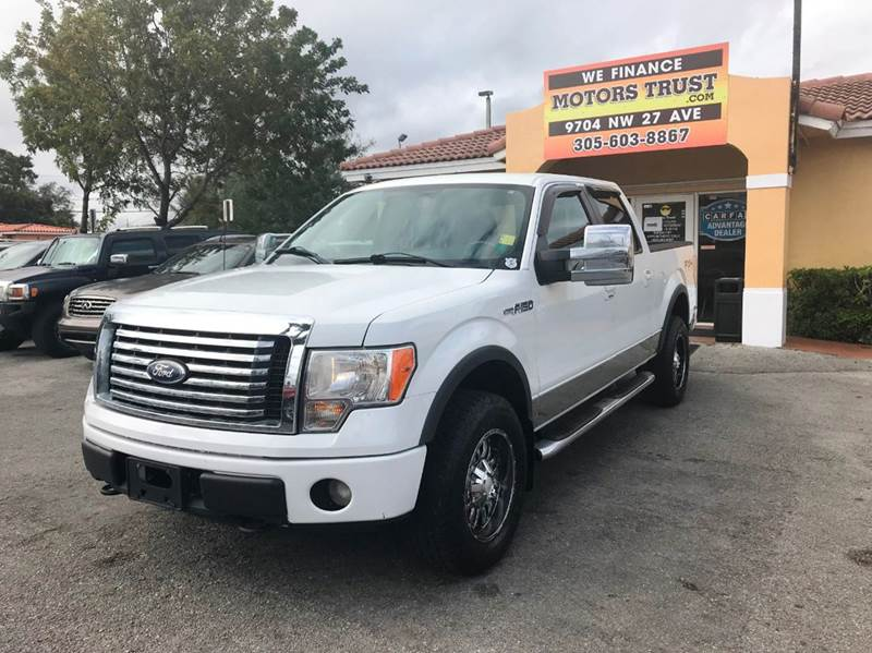 2010 FORD F-150 LARIAT 4X4 4DR SUPERCREW STYLESI white 2-stage unlocking doors 4wd selector - ele