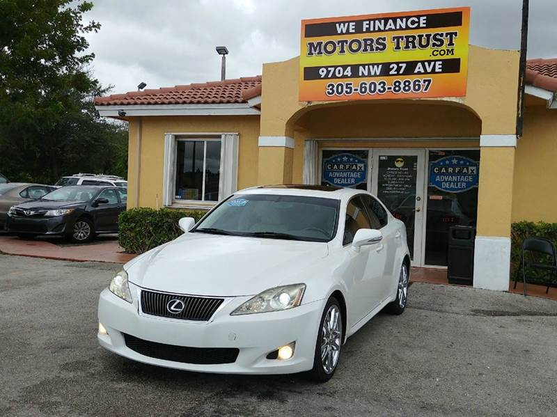 2009 LEXUS IS 350 BASE 4DR SEDAN white 2-stage unlocking doors abs - 4-wheel air filtration ai