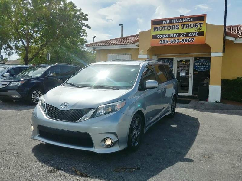 2011 TOYOTA SIENNA SE 8 PASSENGER 4DR MINI VAN silver 2-stage unlocking doors abs - 4-wheel act