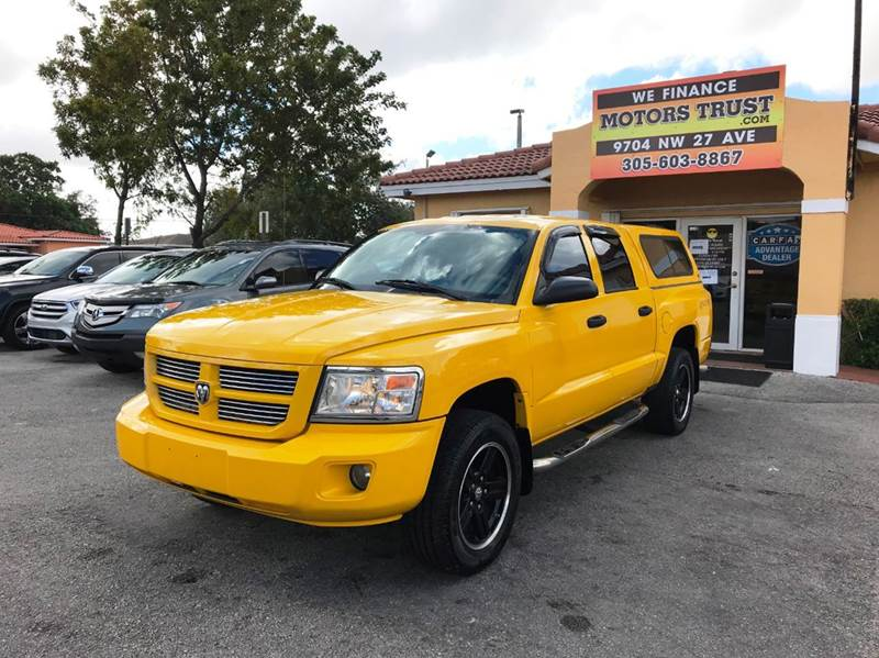 2008 DODGE DAKOTA SPORT 4DR CREW CAB 4WD SB yellow 2-stage unlocking doors 4wd selector - electr