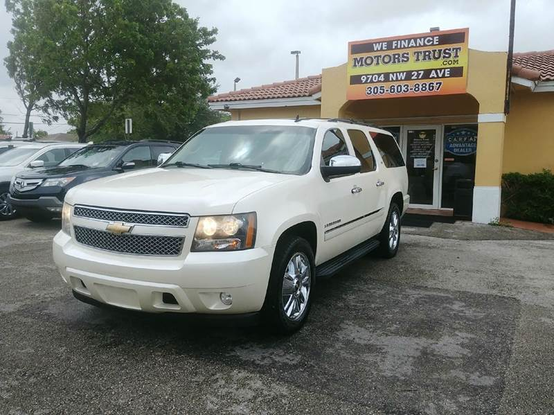 2010 CHEVROLET SUBURBAN LTZ 1500 4X2 4DR SUV white perl 2-stage unlocking doors abs - 4-wheel ac