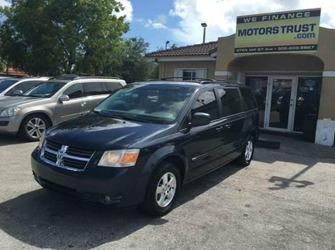 2009 Dodge Grand Caravan for sale in Miami, FL