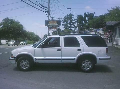 1999 Chevrolet Blazer for sale in East Greenbu, NY