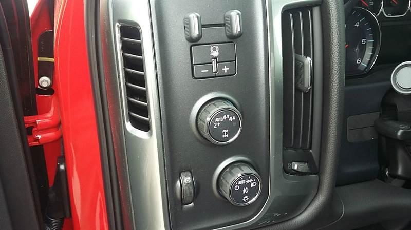 2017 Chevrolet Silverado 1500 4x4 LT 4dr Double Cab 6.5 ft. SB - Cambridge NE