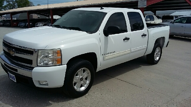2009 Chevrolet Silverado 1500 4x4 LT 4dr Crew Cab 5.8 ft. SB - Cambridge NE