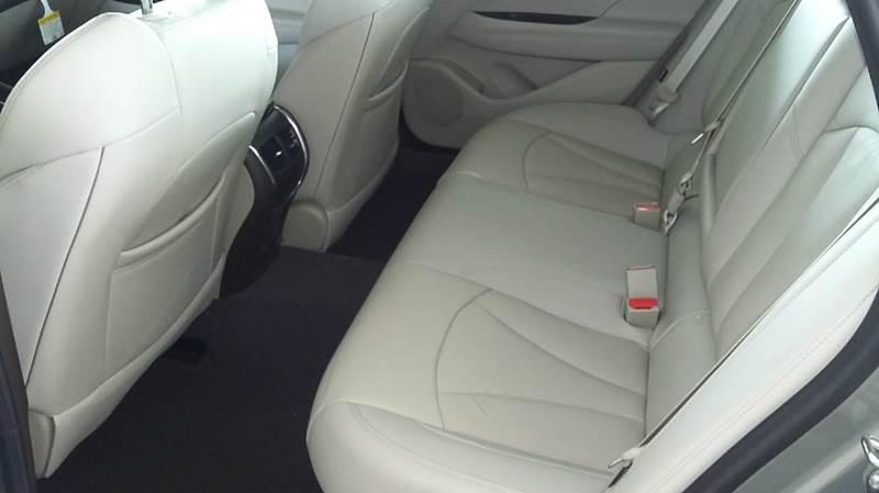 2017 Buick LaCrosse Essence 4dr Sedan - Cambridge NE