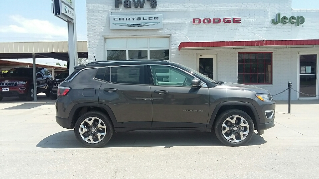 2017 Jeep Compass 4x4 Limited 4dr SUV (midyear release) - Cambridge NE