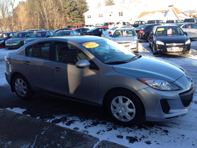 2012 Mazda MAZDA3 i Sport 4-Door - Newport VT