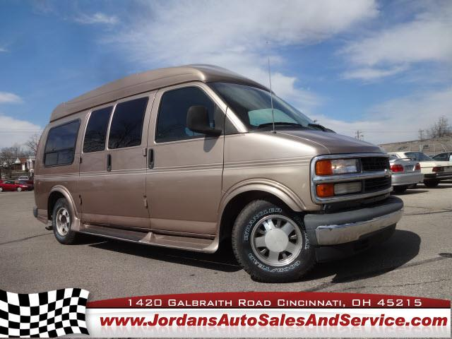 1999 Chevrolet Express for sale in Cincinnati OH