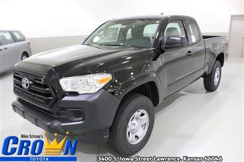 2017 Toyota Tacoma for sale in Lawrence, KS