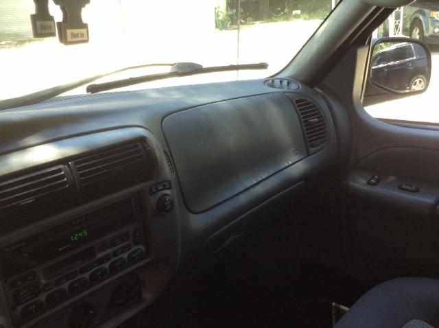 2004 Ford Explorer Sport Trac XLT 4dr Crew Cab SB RWD - Spring TX
