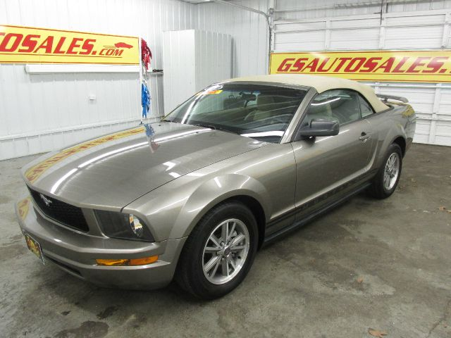 2005 ford mustang v6 deluxe 2dr convertible in ardmore. Black Bedroom Furniture Sets. Home Design Ideas