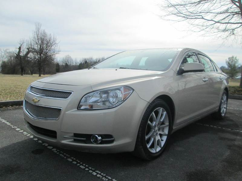 2010 CHEVROLET MALIBU LTZ 4DR SEDAN gold super nice 2010 chevy malibu ltz perfect running an
