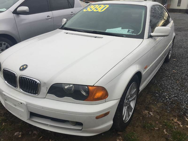 2001 BMW 3 SERIES 325CI 2DR COUPE white this is a nice sporty bmw it has keyless entry power w