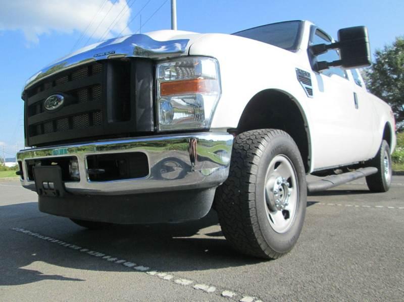 2010 Ford F-250 Super Duty XL 4x4 4dr SuperCab 6.8 ft. SB Pickup - Kingsport TN