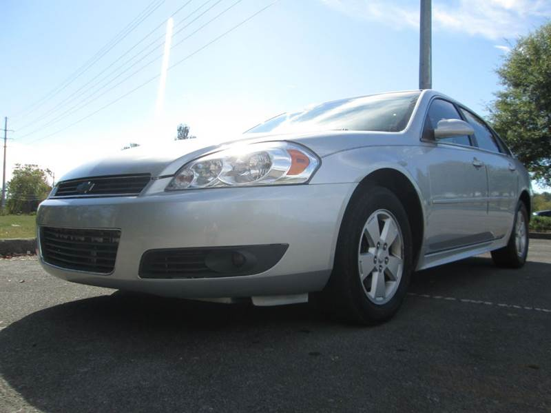 2010 CHEVROLET IMPALA LT 4DR SEDAN silver super nice 2010 chevy impala local trade in with