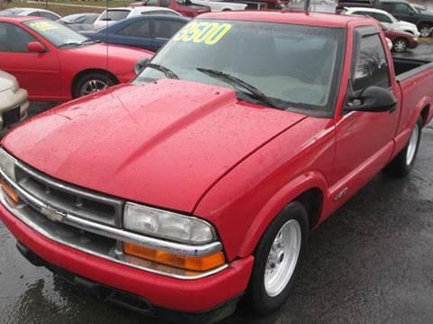 2000 Chevrolet S-10 for sale in Kingsport, TN