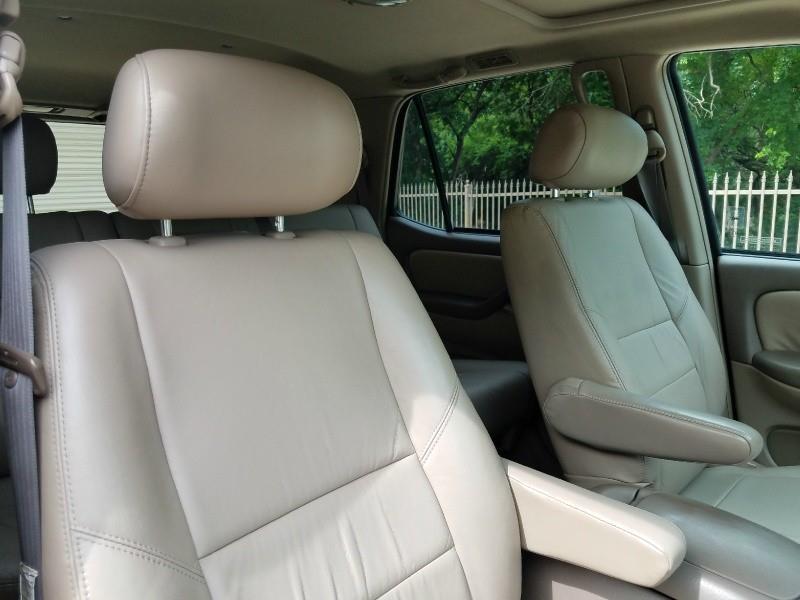 2004 Toyota Sequoia SR5 4dr SUV - Murphy TX