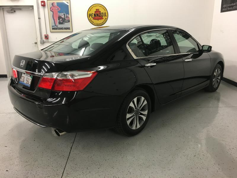 2013 Honda Accord LX 4dr Sedan CVT - Yorkville IL