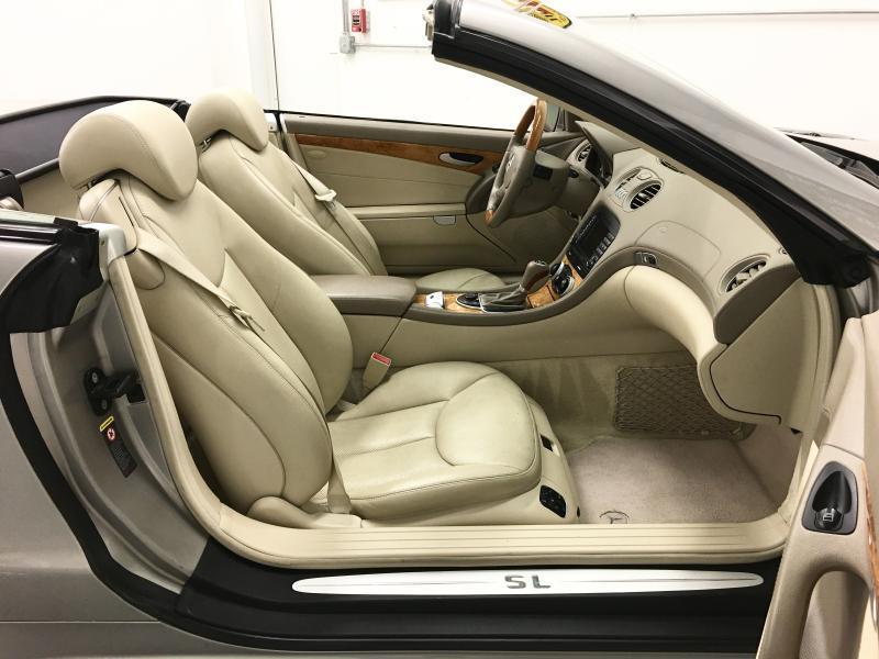 2006 Mercedes-Benz SL-Class SL 500 2dr Convertible - Yorkville IL
