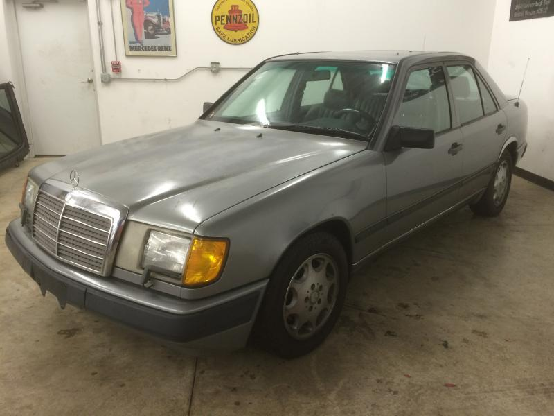 Mercedes benz 300 class for sale in sioux city ia for Mercedes benz iowa city