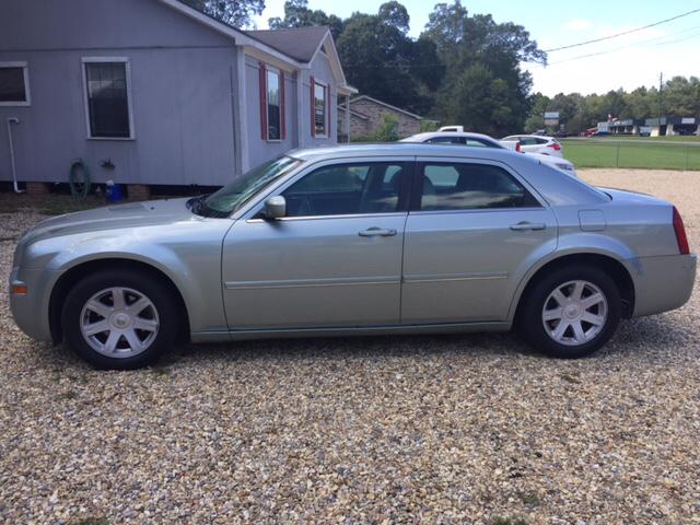 2005 Chrysler 300 Touring 4dr Sedan - Laurel MS