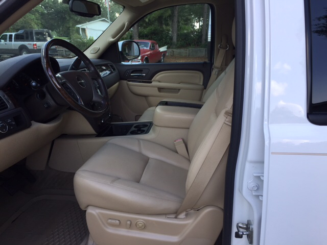 2013 GMC Yukon 4x2 Denali 4dr SUV - Laurel MS