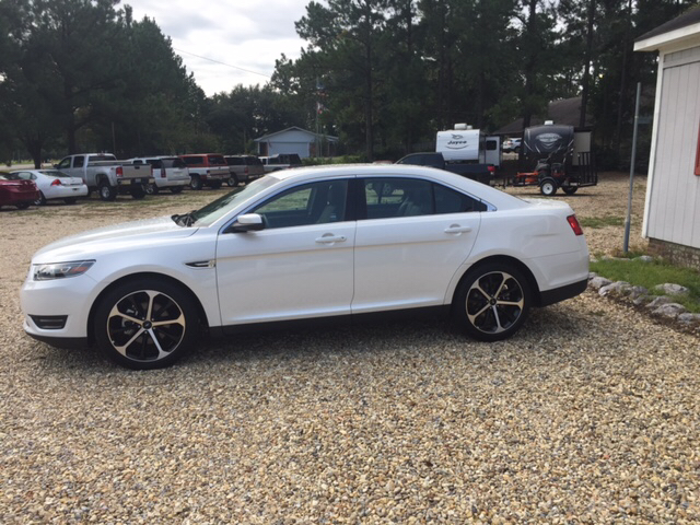 2016 Ford Taurus SEL 4dr Sedan - Laurel MS