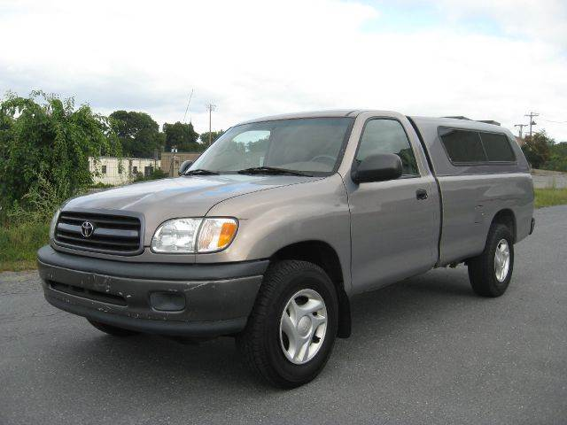 2002 Toyota Tundra Base 2dr Regular Cab 2wd Lb In