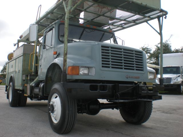 1992 International 4900 4 X 4 DT diesel engine