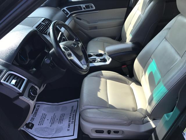 2014 Ford Explorer AWD XLT 4dr SUV - Reedsville PA
