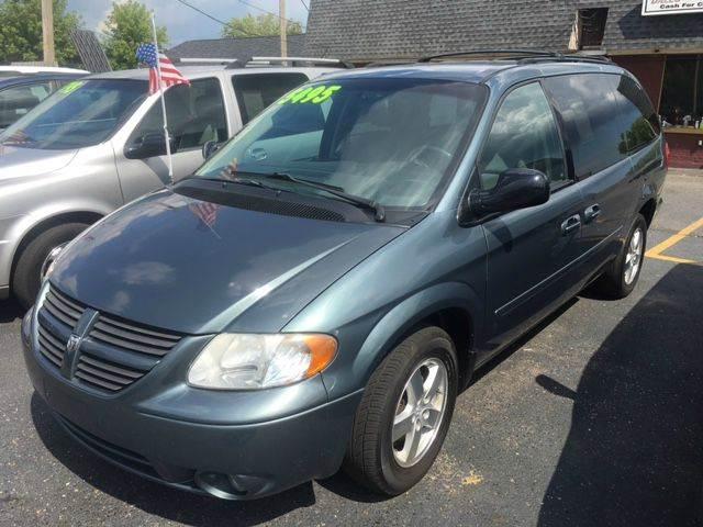 2006 Dodge Grand Caravan SXT 4dr Extended Mini-Van - Mt Clemens MI