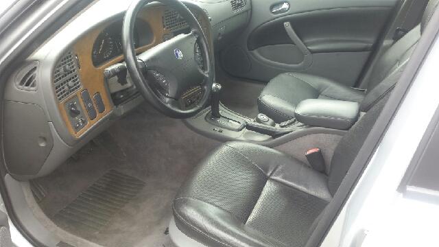 2002 Saab 9-5 4dr Arc 3.0t Turbo Sedan - Mt Clemens MI
