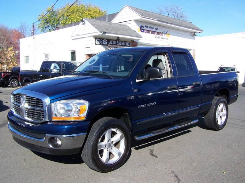 2006 dodge ram pickup 1500 slt 4dr quad cab 4wd sb in bensalem pa s s auto sales. Black Bedroom Furniture Sets. Home Design Ideas