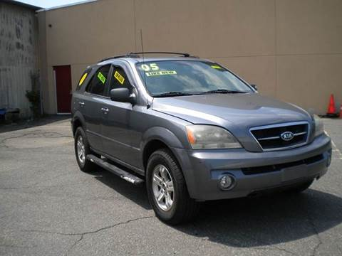 2005 Kia Sorento for sale in Hartford, CT