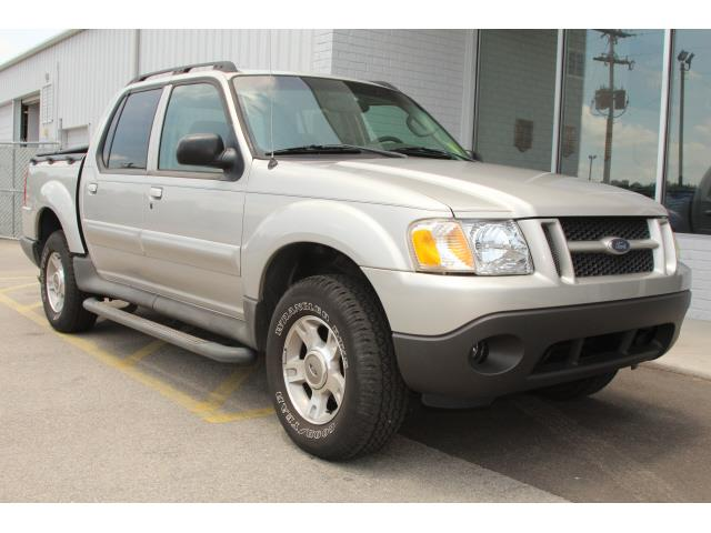 2004 ford explorer sport trac xlt rwd 4dr crew cab sumter sc. Cars Review. Best American Auto & Cars Review