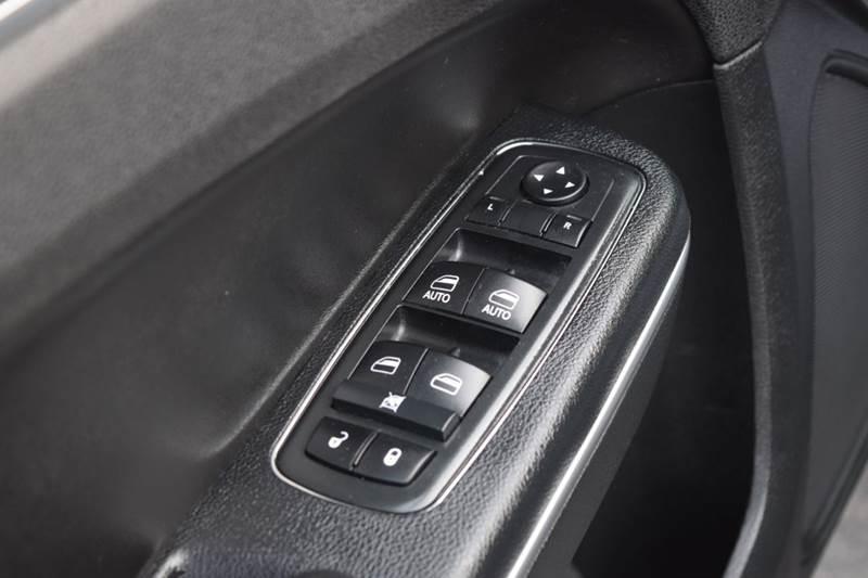 2014 Chrysler 300 C AWD 4dr Sedan - Fredericksburg VA