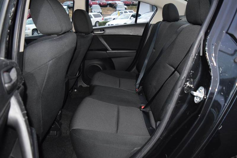 2013 Mazda MAZDA3 i Sport 4dr Sedan 6A - Fredericksburg VA