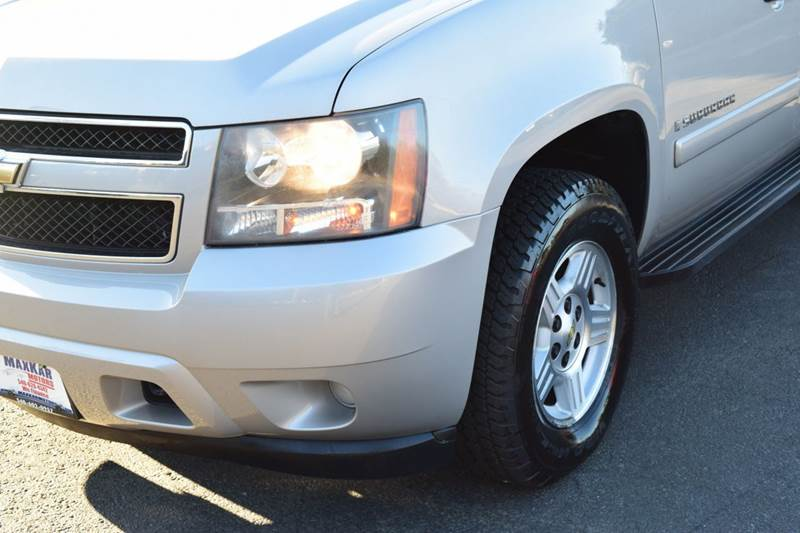 2007 Chevrolet Suburban LS 1500 4dr SUV 4WD - Fredericksburg VA