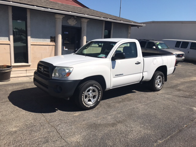 2008 TOYOTA TACOMA BASE 4X2 2DR REGULAR CAB 61 FT white air conditioning power steering tilt