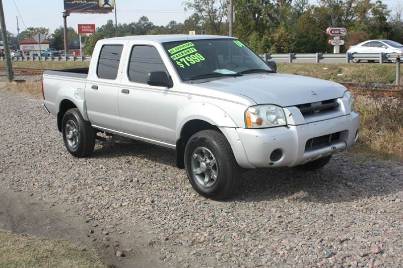 2004 NISSAN FRONTIER CREW CAB XE V6 silver air conditioning power windows power locks power st