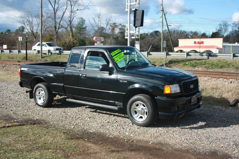 2005 FORD RANGER SUPER CAB black this truck is in great condition only 1 owner with no accident