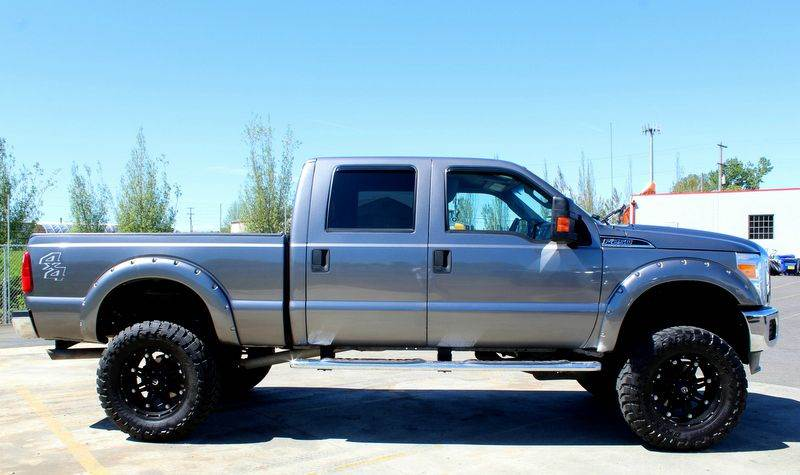 2011 Ford F-250 Super Duty XLT 4x4 4dr Crew Cab 6.8 ft. SB Pickup - Portland OR