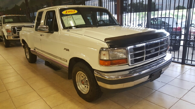 1993 FORD F-150 XL 2DR EXTENDED CAB STEPSIDE SB white abs - 4-wheel auxiliary gas tank clock f