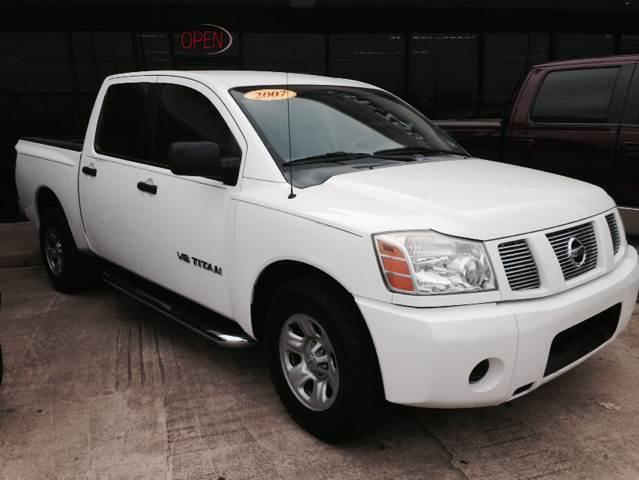 2007 NISSAN TITAN XE CREW CAB 2WD white 0 miles VIN 1N6AA07A57N206571